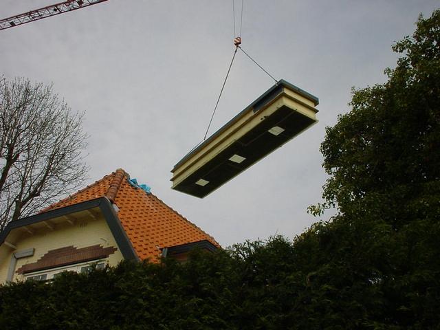 Foto 05 Hijsen Van De Prefab Vijver 1